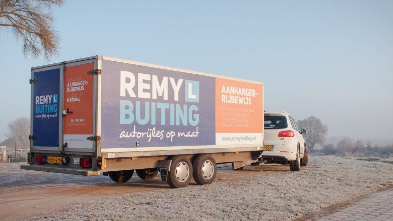 Aanhanger-rijbewijs BE bij rijschool Remy Buiting in Dieren
